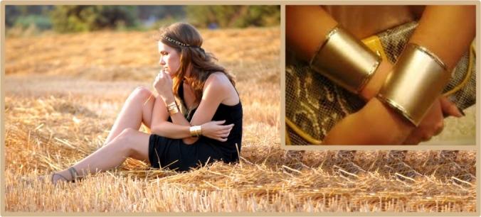 Baonilha + braceletes dourados de metal nos braços